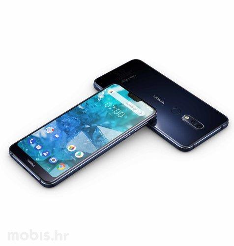 Nokia 7.1: plava